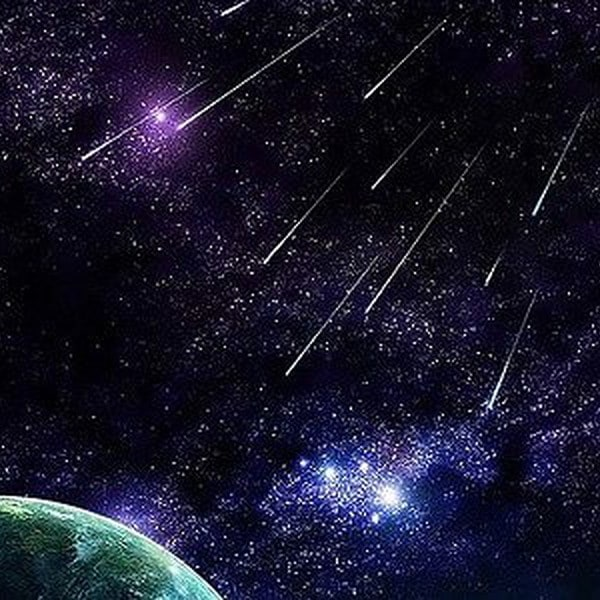Vì sao trên trời lại xuất hiện sao băng?