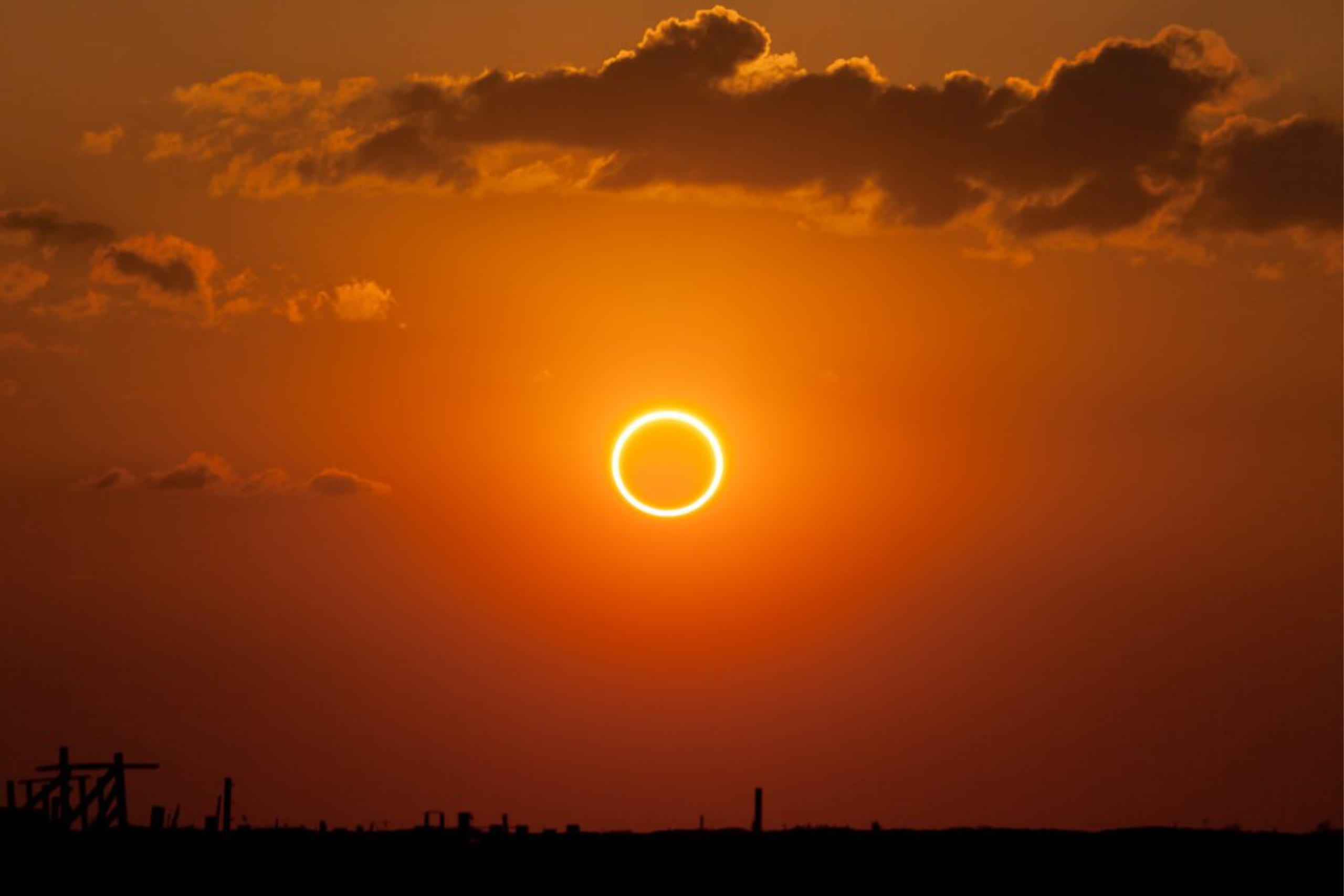 Vì sao không nên dùng mắt trực tiếp quan sát nhật thực?