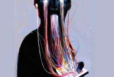 Sử dụng điện thoại quá nhiều có thể ảnh hưởng xấu trực tiếp đến cấu trúc xương sống